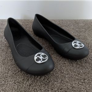 Crocs Gianna Disc Flats